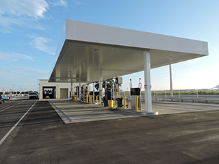 Fuel stations and car washes at the new service centers