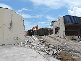 Demolition of old Sky Chefs facility