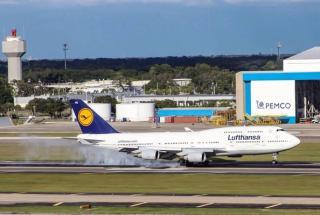 Gary Guy Lufthansa photo