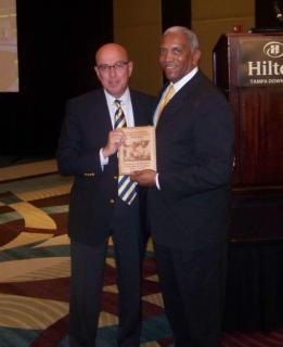 CEO Joe Lopano accepts Corporate Leadership Award